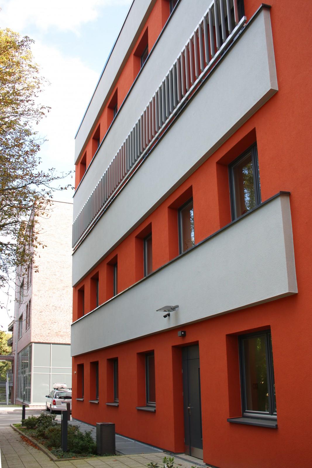 fassadensanierung-umbau-heinrich-pette-institut-ansicht-front
