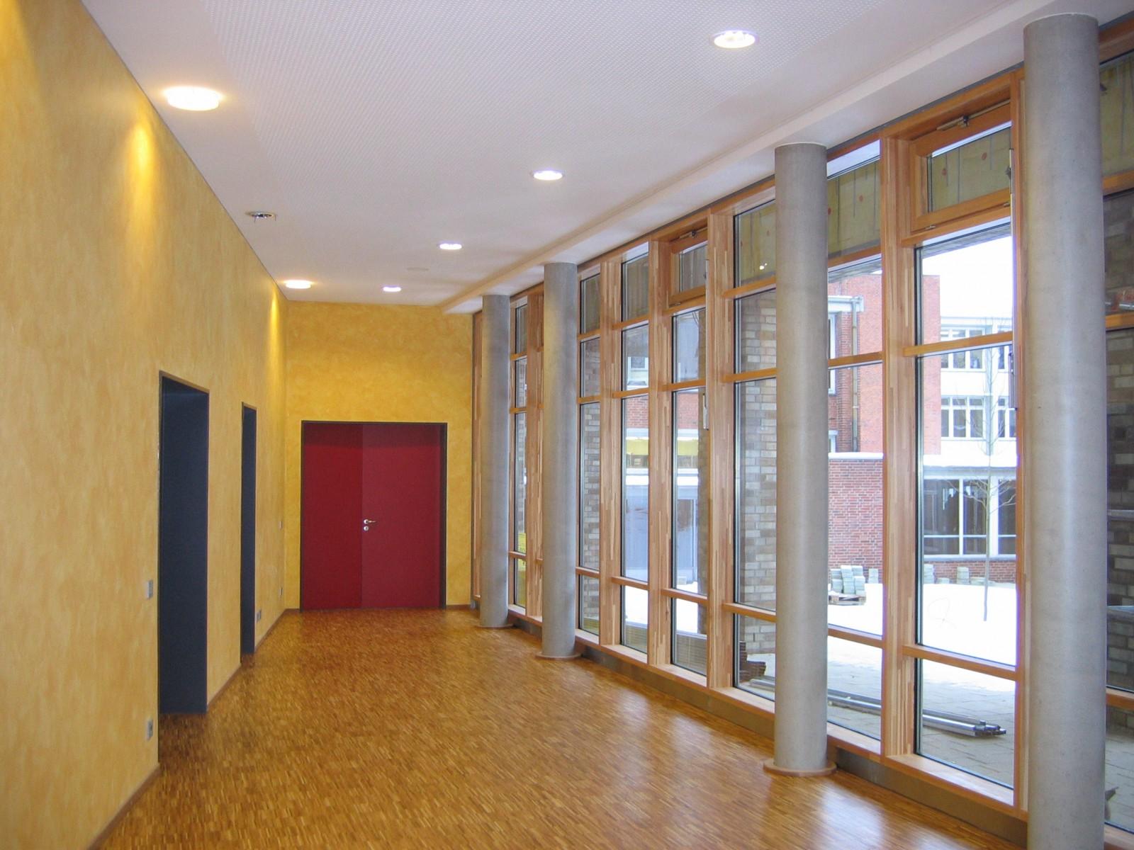 schulerweiterung-gymnasium-bondenwald-flur