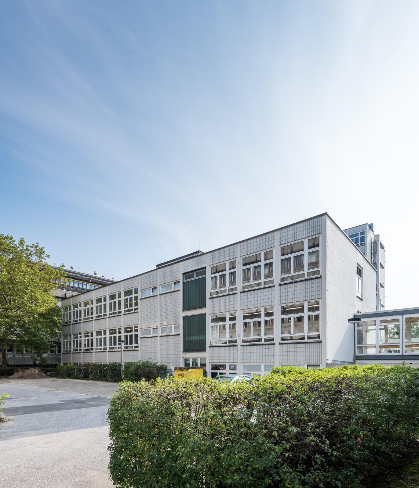umbau-bestand-uni-hamburg-fachbereich-chemie-Institut-fuer-biochemie-und-molekularbiologie-ansicht