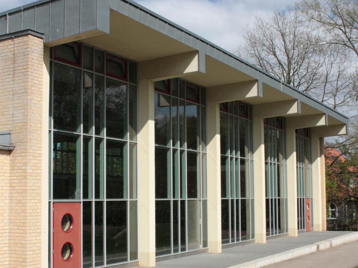 sanierung-schule-schenefelder-landstrasse-ansicht-turnhalle