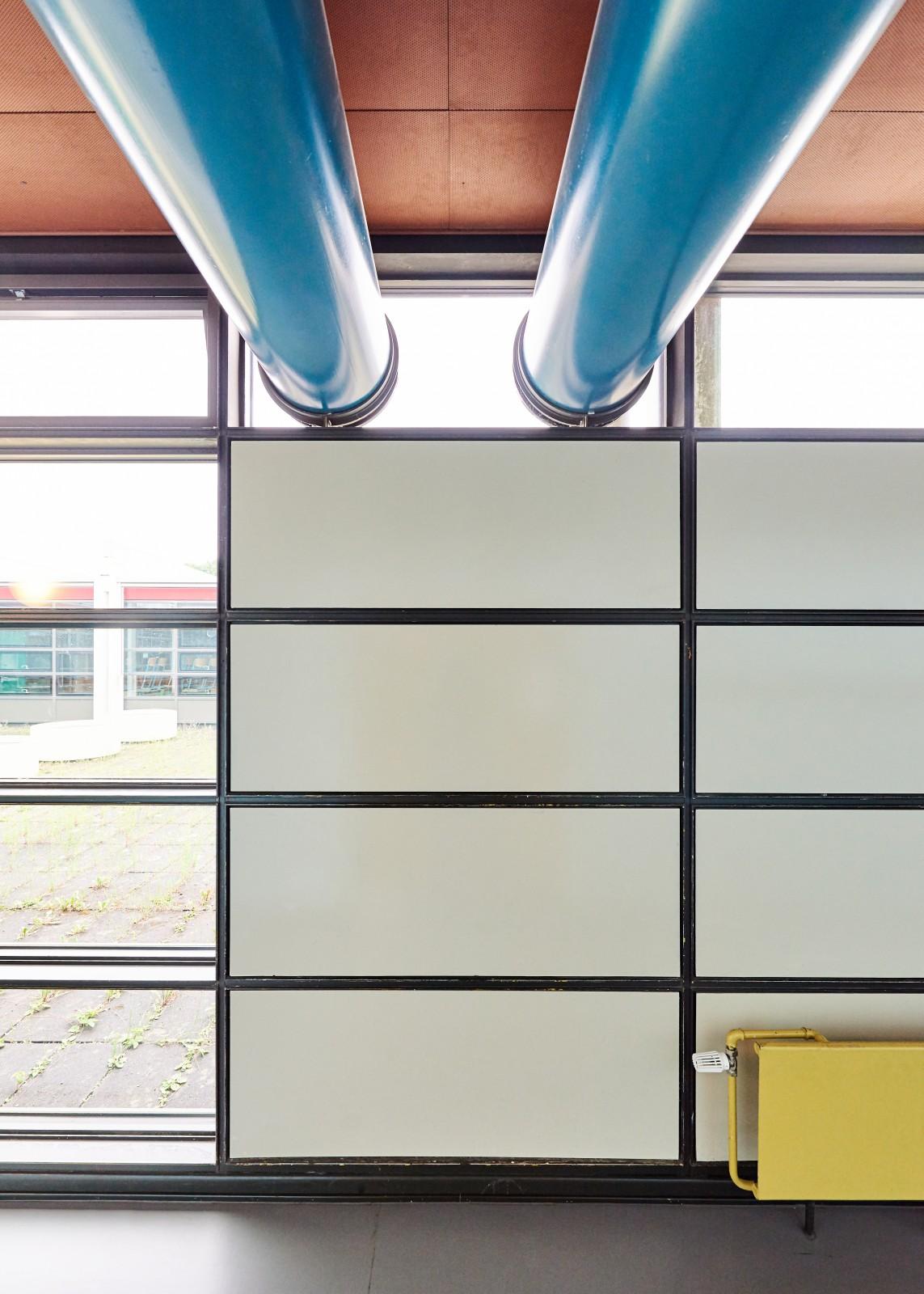 innere-grundsanierung-gymnasium-christianeum-flur-detail